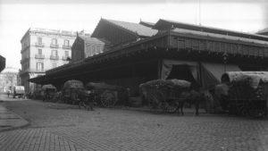 ©Foto exterior mercat, Gabriel Casas, 1930-36. AFB - El Born CCM